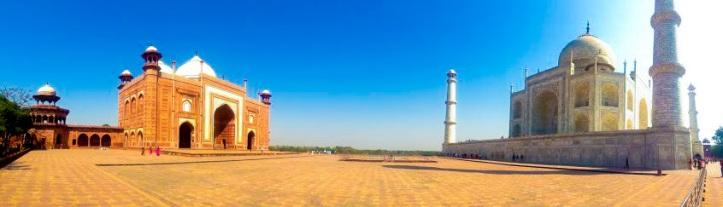 panorama of the taj in agra