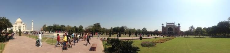 panorama of the taj